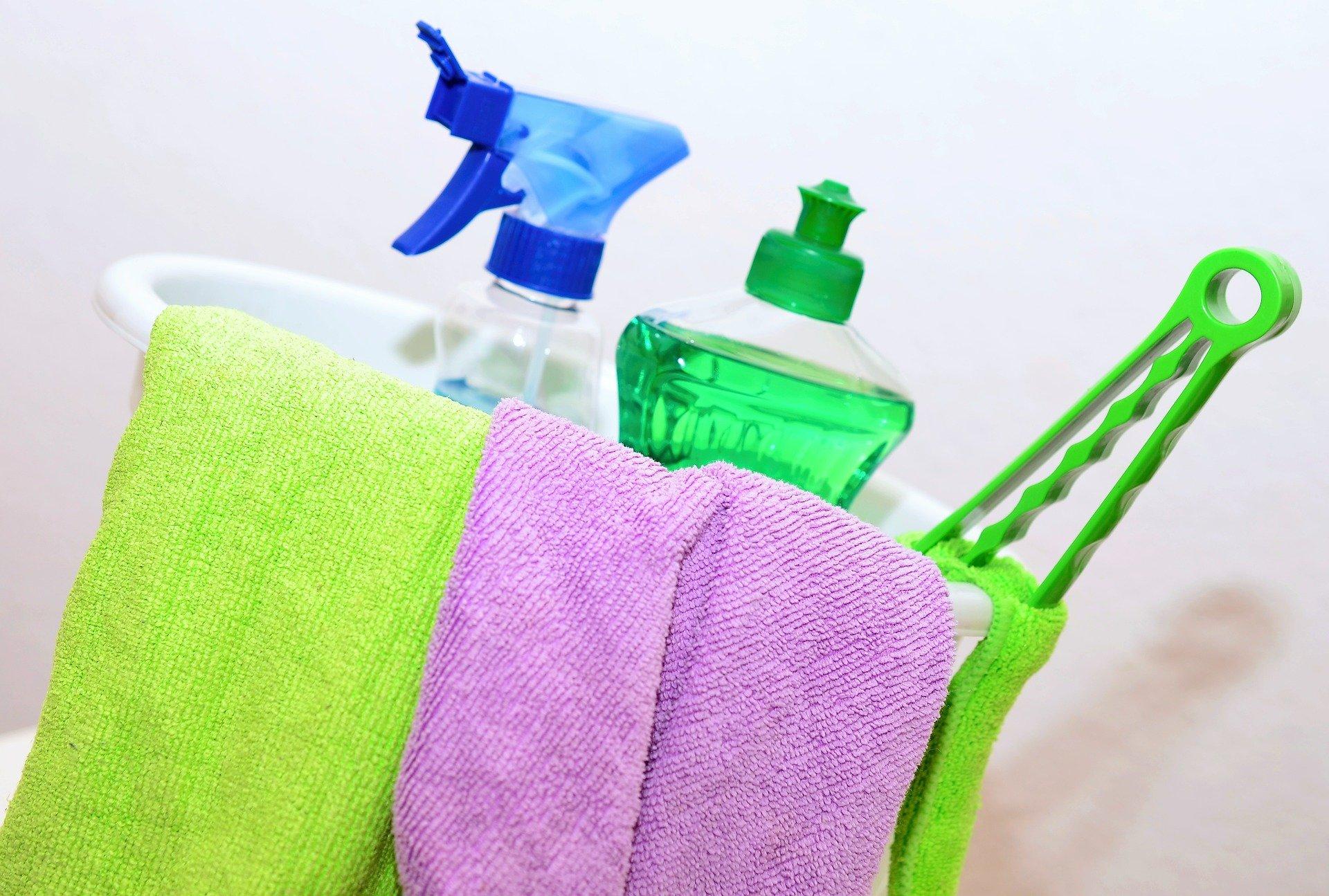 Przydatne akcesoria do sprzątania na wiosenne porządki